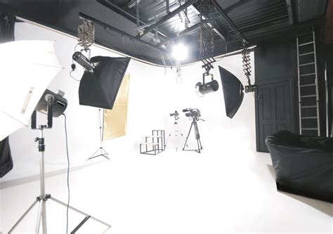 Photography Studio by The On Studio Lighting Home