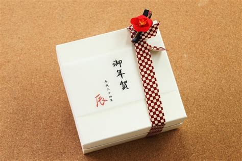gift giving culture anytime of the year japan info