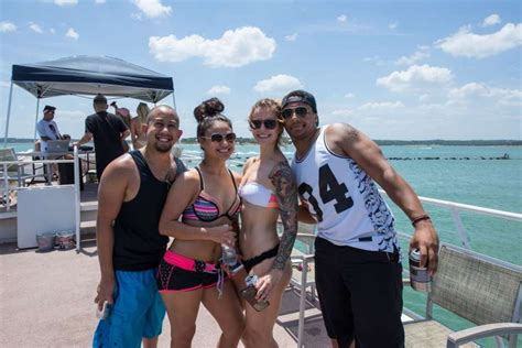 party boat rentals san antonio tx photos summer revelers rule canyon lake with epic boat