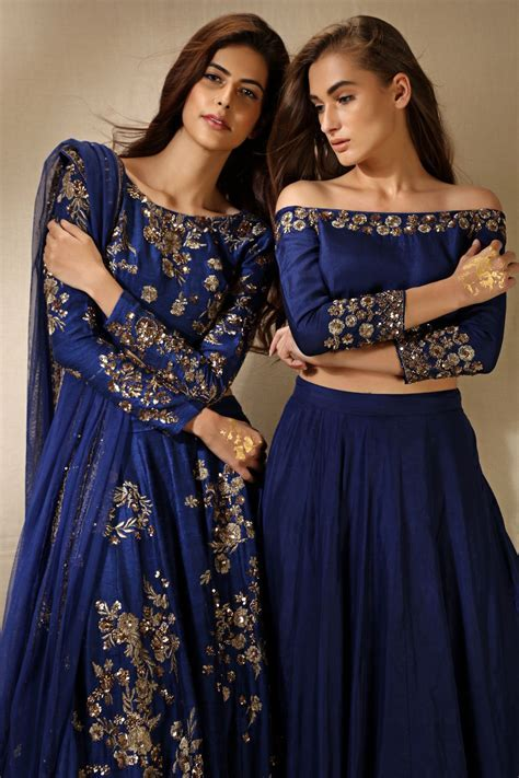 Off the shoulder blouse for an indian wedding outfit could