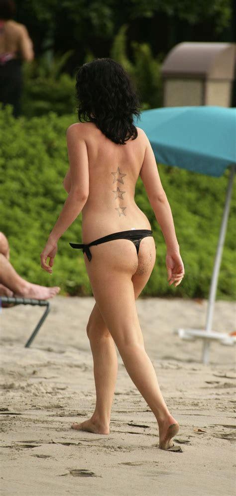 Sophie Howard Topless Beach Gceleb