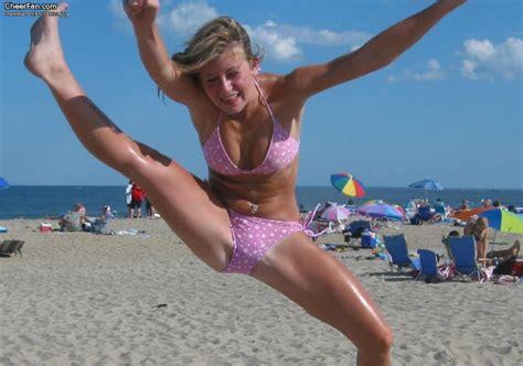 tweens and teens candids sexy cheerleaders girls jumping