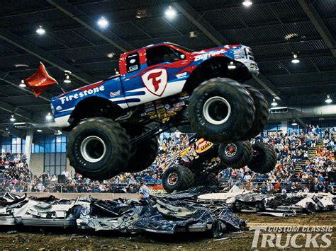 monster truck show videos monster truck wallpaper and background 1600x1200 id 444090