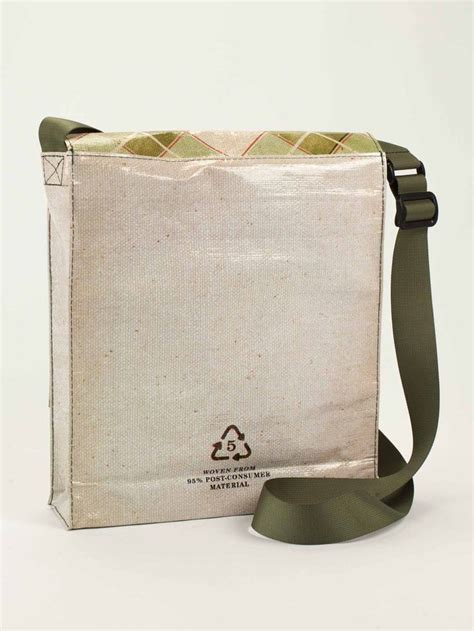 quot scout quot messenger bag by blue q source http www blueq