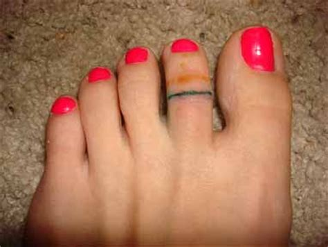 toe ring tattoos designs toe ring pictures to pin on tattooskid