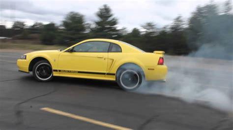 mustang v6 drift 2002 ford mustang v6 circle drift