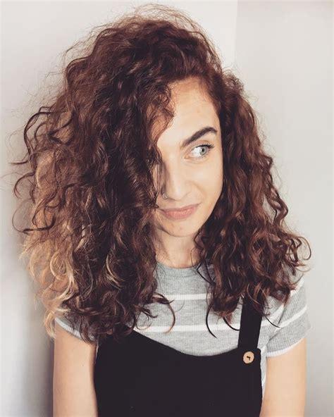filipina artist with copper brown hair color 41 best fringe images on pinterest hair bangs fringes