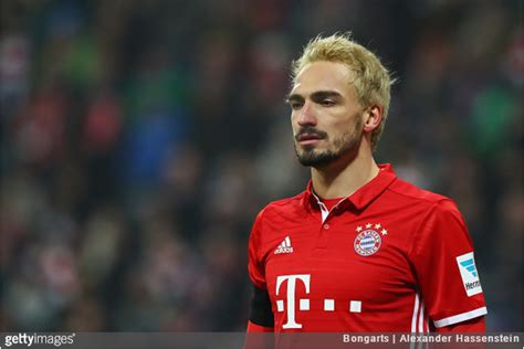 Mats Hummels by Bayern Munich Mats Hummels Shows Up With Freshly Dyed