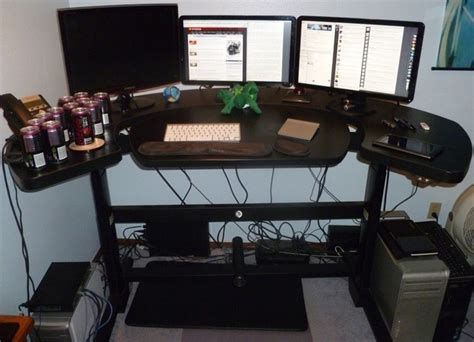 Standing Desk For Gaming Taking A Stand My Experience Working At An Elevating Desk Ars Technica