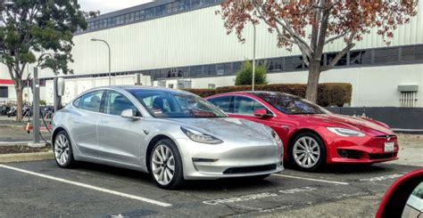 Tesla Assembly Tesla Model 3 Impressions Of A Bmw I3 Driver And