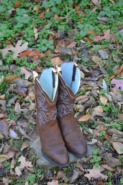 Country Outfitters Giveaway - the kind of girl who wears boots country outfitter giveaway our daily craft