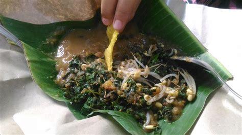 lezatnya pecel semanggi makanan khas kota surabaya good