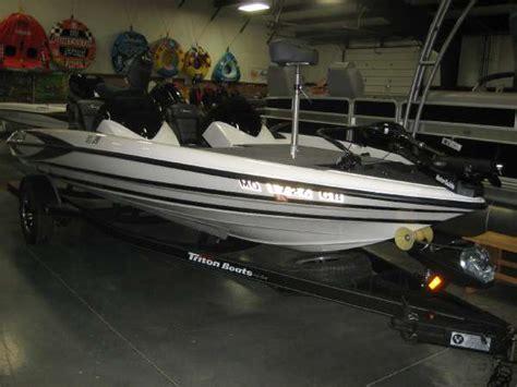 tritoon boats for sale missouri triton 18xs boats for sale in missouri