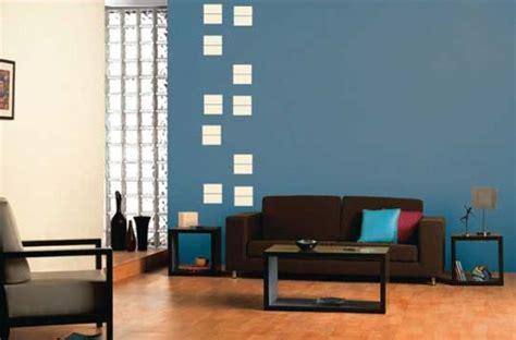 living room decor feature wall  smoke grey  window