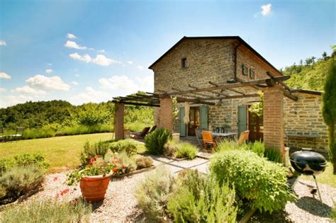 buy a house in tuscany italy villas in tuscany italy beautiful rental villas with
