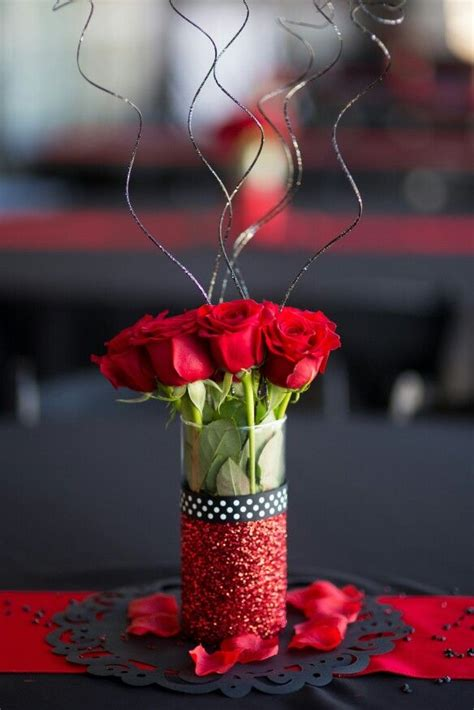Dollar Tree Vases Centerpieces by 1000 Ideas About Dollar Tree Centerpieces On