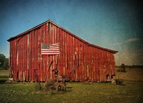 Barn In The Usa Barn Iowa Usa 1020x741 Barns