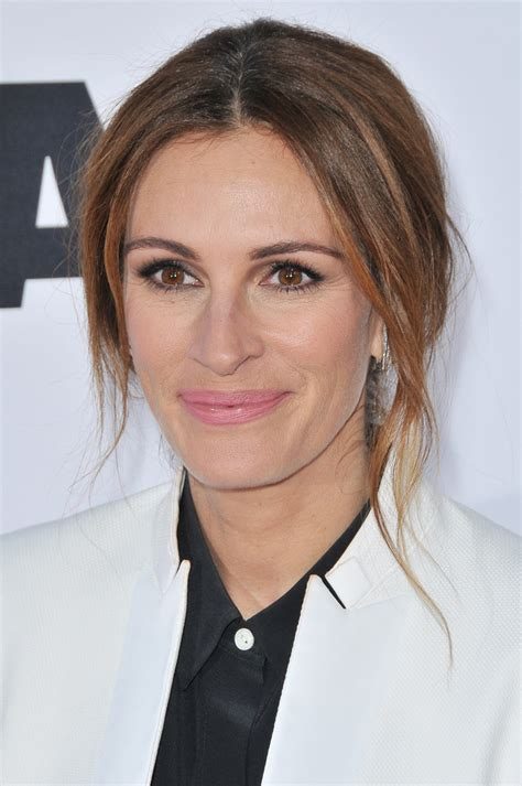 Single 'Mother's Day' For Julia Roberts | National Enquirer
