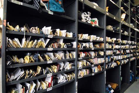 bureau des objets trouv駸 dentiers proth 232 ses les insolites des objets trouv 233 s 224