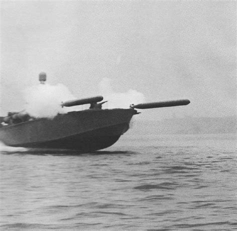 motor boat facts pt boat torpedo rack mark viii torpedoes from tubes
