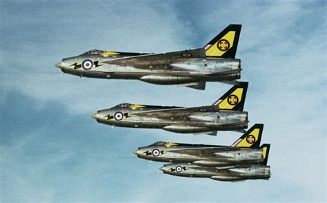 english electric lightning great britain 111 sqn raf lightning english electric lightning new corgi aviation archive