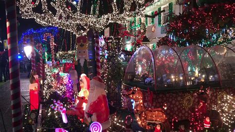 christmas decorations in west seattle menashe lights 2017 decoratingspecial
