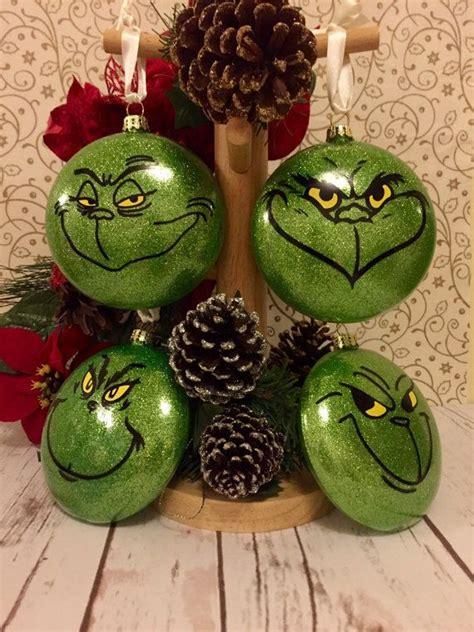 ideas  grinch christmas tree  pinterest