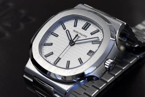 Professional Watches ? Wristwatch News and Reviews: Hands On With The Patek Philippe Nautilus