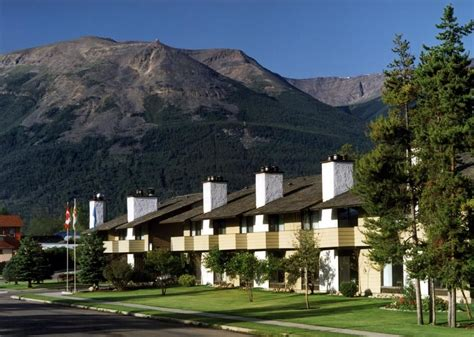 Jasper Hotels Book Jasper Hotels In Jasper National Park | book best western jasper inn suites jasper hotel deals