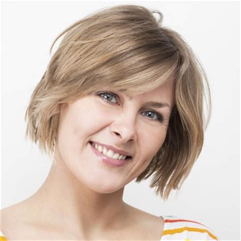 hairstyles for coarse wavy hair 50 5 short thick hairstyles