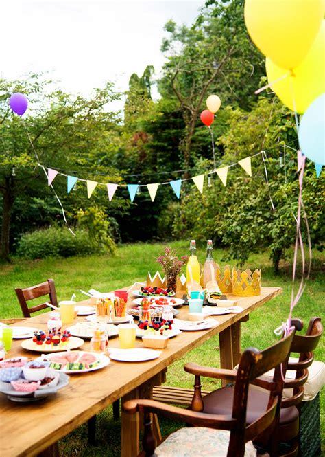 Tischdeko Gartenfest by Gartenparty Planen Tolle Ideen F 252 R Deko Unterhaltung