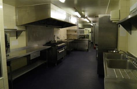 commercial kitchens where safety is key carlton services kitchen cleaning and cleaners commercial cleaning services