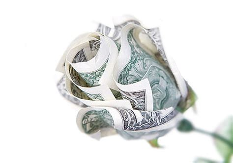 Money Origami Roses - 50 spectacular origami designs made from money