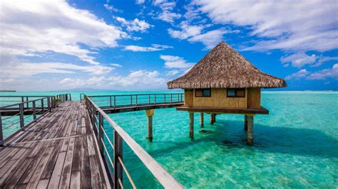 hawaii the water bungalows 40 best honeymoon destinations resorts in the world