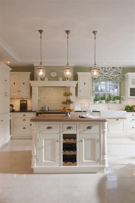 küchengestaltung landhaus 29 besten landhaus k 252 chen bilder auf