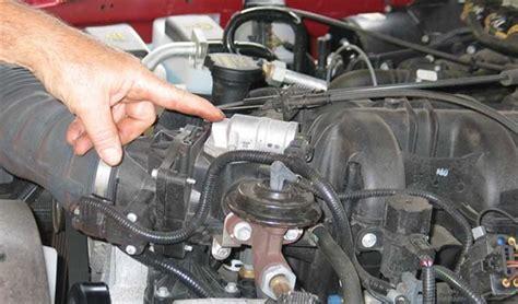 3281 Iacv Idle Valve Ford Focus idle air valve location 2003 ford focus se idle