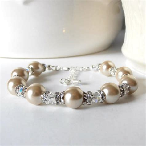 Handmade Wedding Jewellery - beaded beige pearl bracelet with clear crystals and