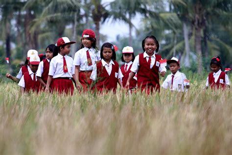 film indonesia romantis anak sekolah jaring anak putus sekolah untuk belajar