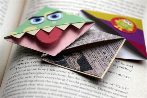 How To Make An Origami Corner Bookmark - how to make corner munch bookmarks 11 steps with pictures