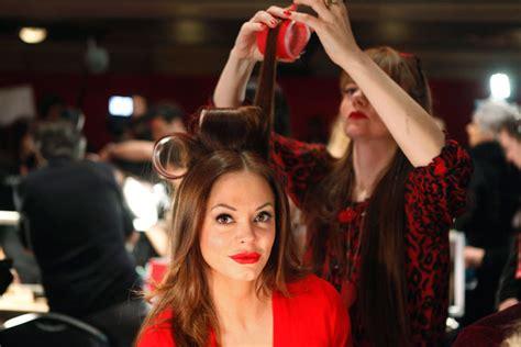 dive americane foto le dive sfilano in rosso per le donne americane 2