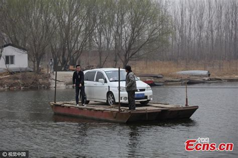 ferry boat uses commuters use ferry boat to survive traffic jams 1 4