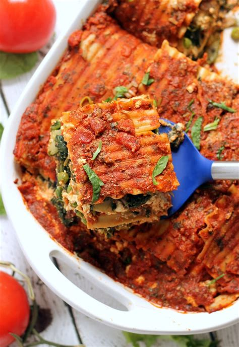 best easy vegetarian lasagna recipe the best easy vegan lasagna hummusapien