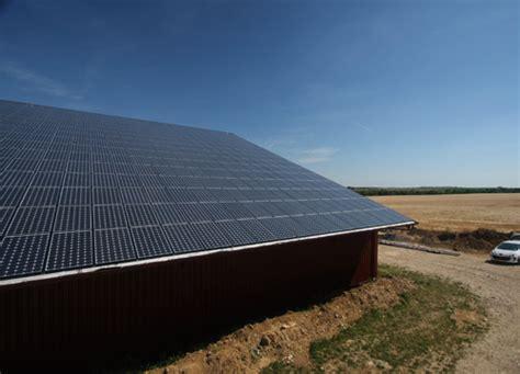 Hangar Solaire by Votre Hangar Photovoltaique Gratuit Parfois De Qualit 233