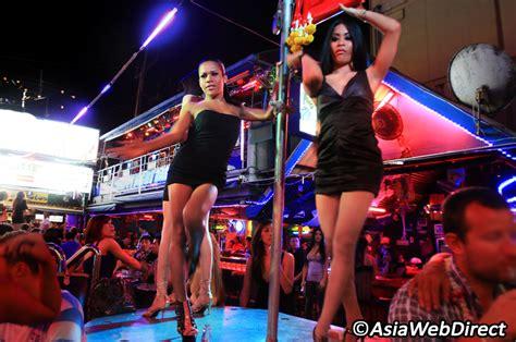 best ladyboys in bangkok 5 ladyboys bars in bangkok bangkok magazine