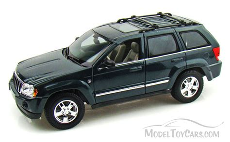 jeep toy car jeep grand cherokee suv green maisto 31119 1 18 scale