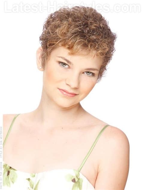 short curly hairstyles above the ear vintage curls sweet light brown natural style sculpted