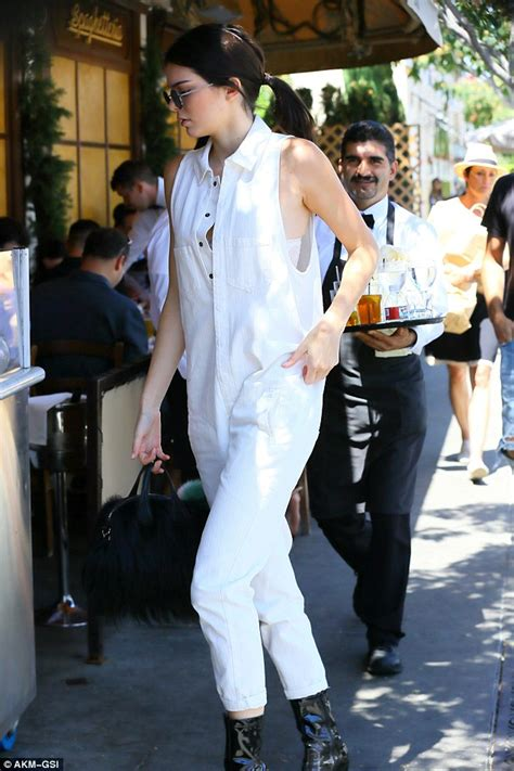 She Sis Jamsuit Sephora Jumpsuit kendall jenner goes shopping and dining with disick in baggy jumpsuit daily mail
