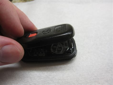 Replace Battery In Toyota Key Fob How To Replace Your Fiat Punto Key Battery Ehow Uk Autos