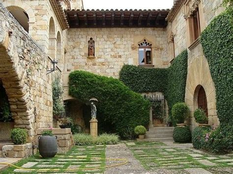 spanish courtyard designs spanish courtyard courtyard garden pinterest spanish