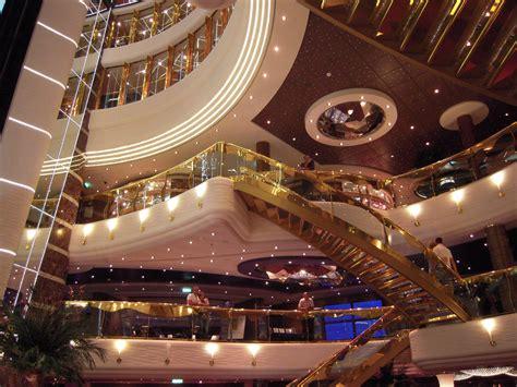 interno nave da crociera interno della msc splendida viaggi vacanze e turismo
